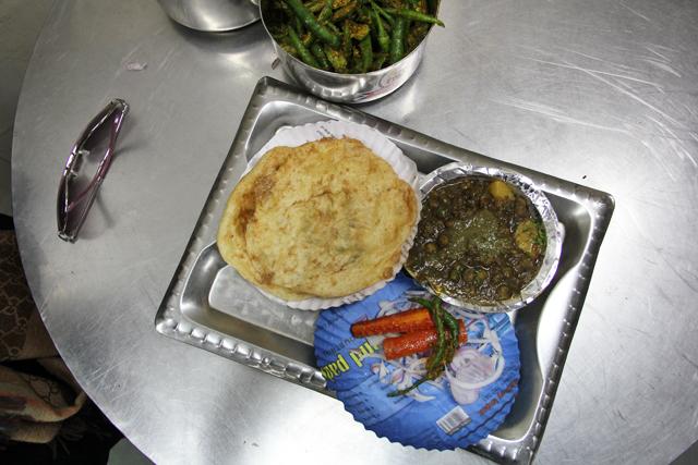 Chole bhature (channa bhatura)