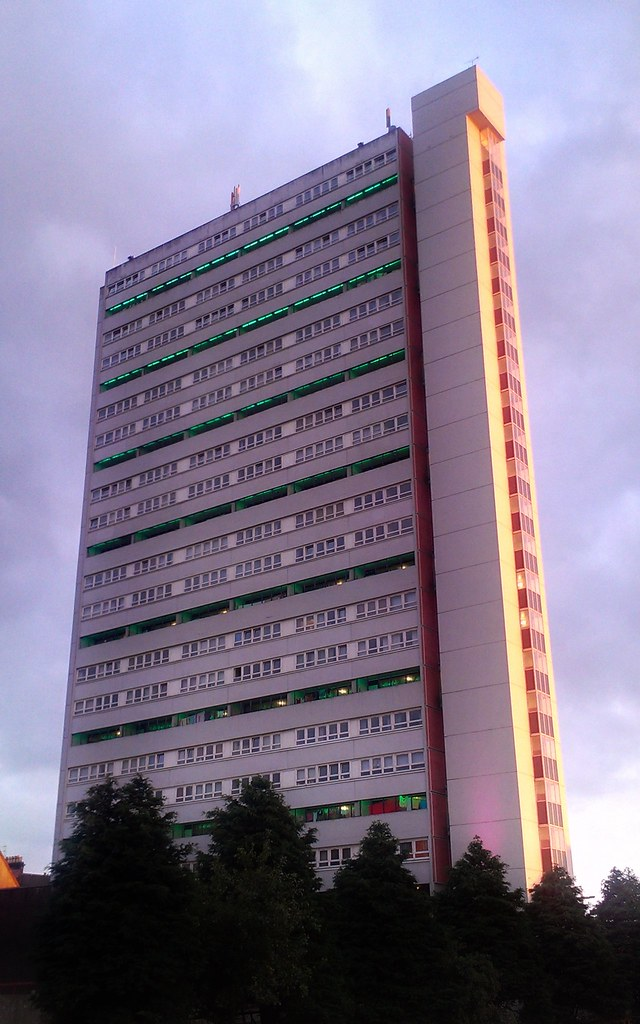 Hotels Near Gartnavel Hospital