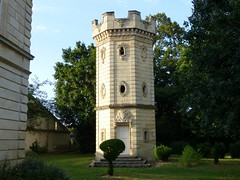 Baroque turret of Chateau Pomys (St. Estèphe, France 2013)