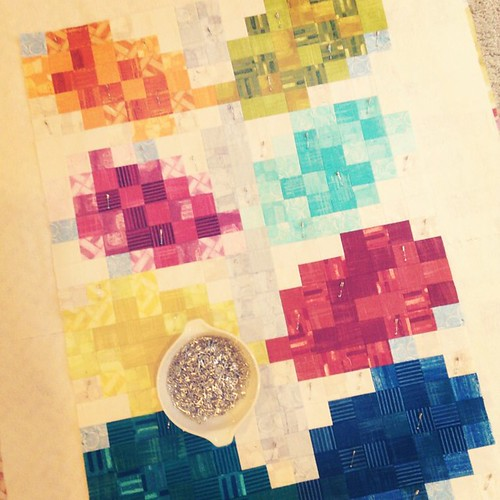 Pixelated Vine Quilt - basting