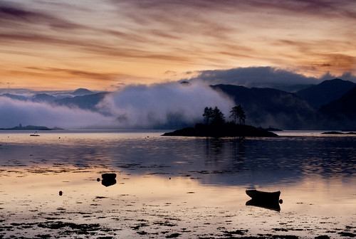 Sunrise in Plockton by Melnikovi