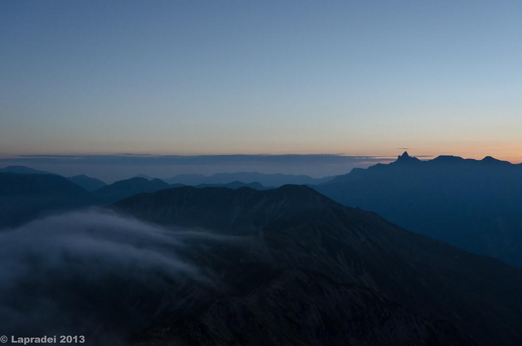 黎明の槍ヶ岳