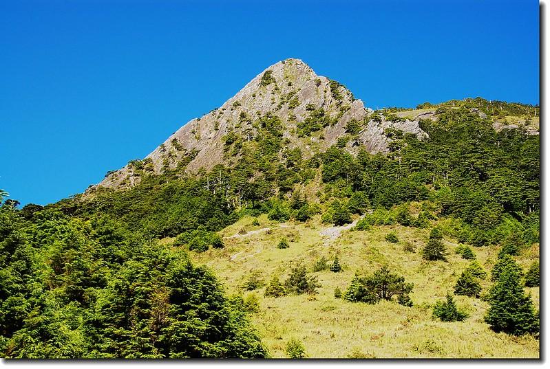 巴紗拉雲山(From巴紗拉雲東坡下西北望)