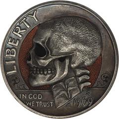 Skull hobo carving