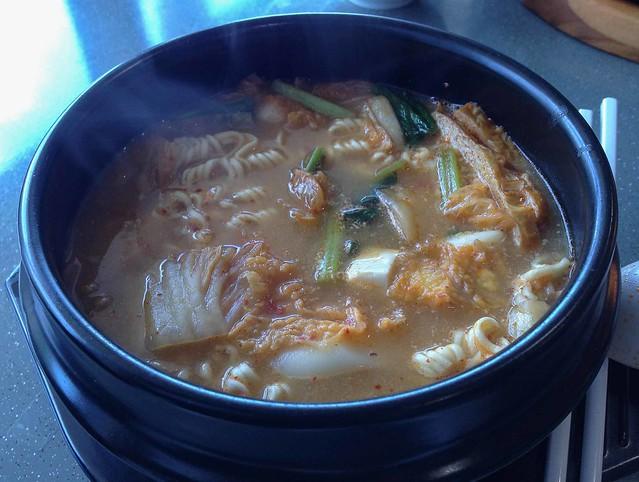 han_yi_sour_spicy_mee_sua_2024