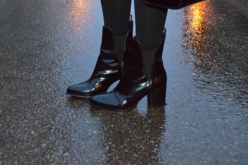 lara-vazquez-blog-fashion-details-black-booties