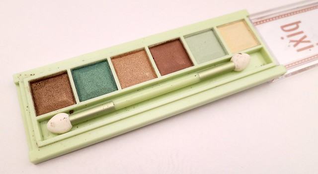 Pixi-Beauty-Mesmerizing-Mineral-Palette-Emerald-Gold