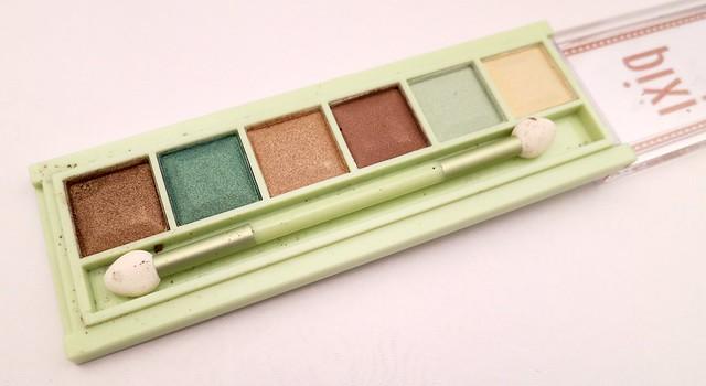 Pixi-Beauty-Mesmerizing-Mineral-Palette-Emerald-Gold