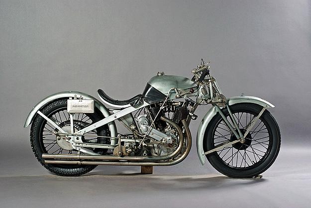 neander-motorcycle1