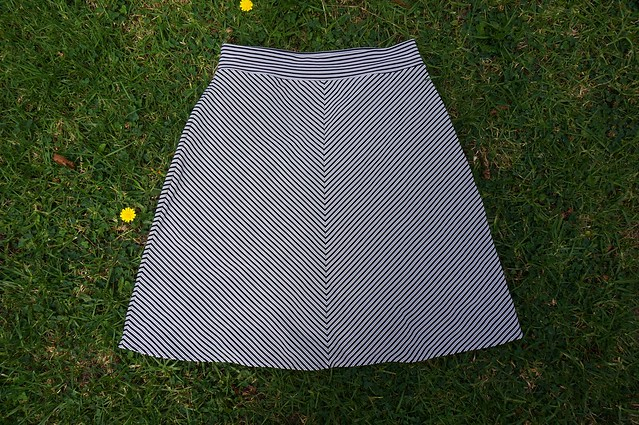 Stretchy Skirt close up