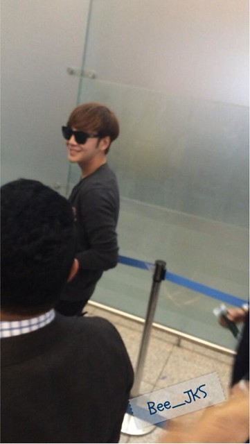 [Pics] JKS departs from Seoul to Beijing_20140425 14039323653_f4309d8226_z