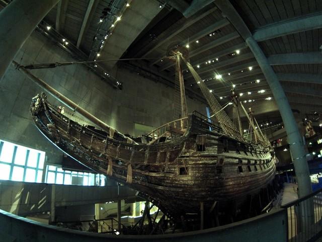 Vasa visto por proa y babor buque de guerra Vasa, viaje a Estocolmo 1628 - 14063743335 3b292f8a43 z - buque de guerra Vasa, viaje a Estocolmo 1628