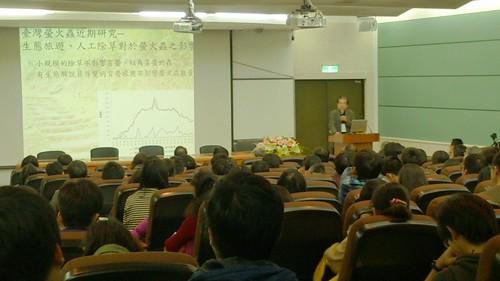 台灣大學昆蟲學系楊平世教授(圖片攝影:吳岱芝)