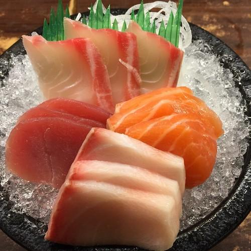 推薦高雄日本料理吃到飽,好吃的松江庭生魚片跟壽司料理