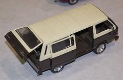 Ken's Revell 1/24 VW Vanagon DSC_1042