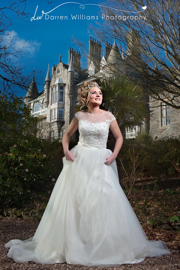 wedding photographer chateau Rhianfa