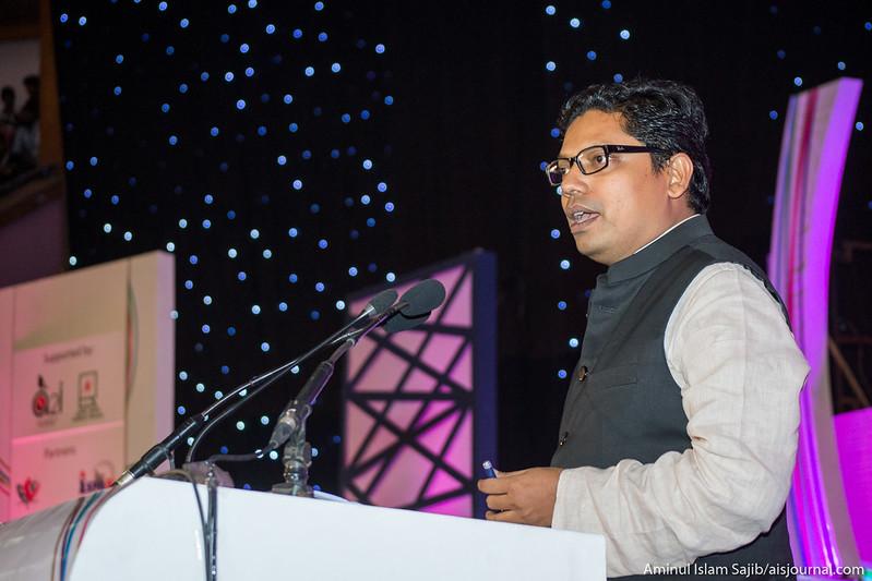 Zunaid Ahmed Palak giving speech at Digital World 2015