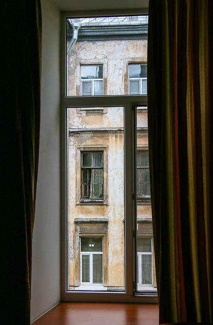 View from the hotel's window, Saint Petersburg, Russia サンクトペテルブルク、ホテルの部屋からの眺め