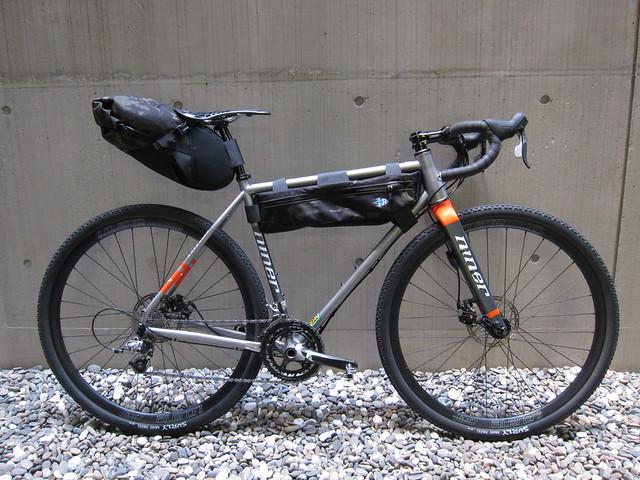 Vera Basic Seatpack 4