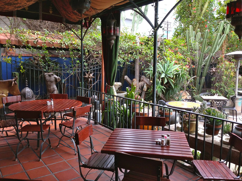 Hotel Figueroa Patio
