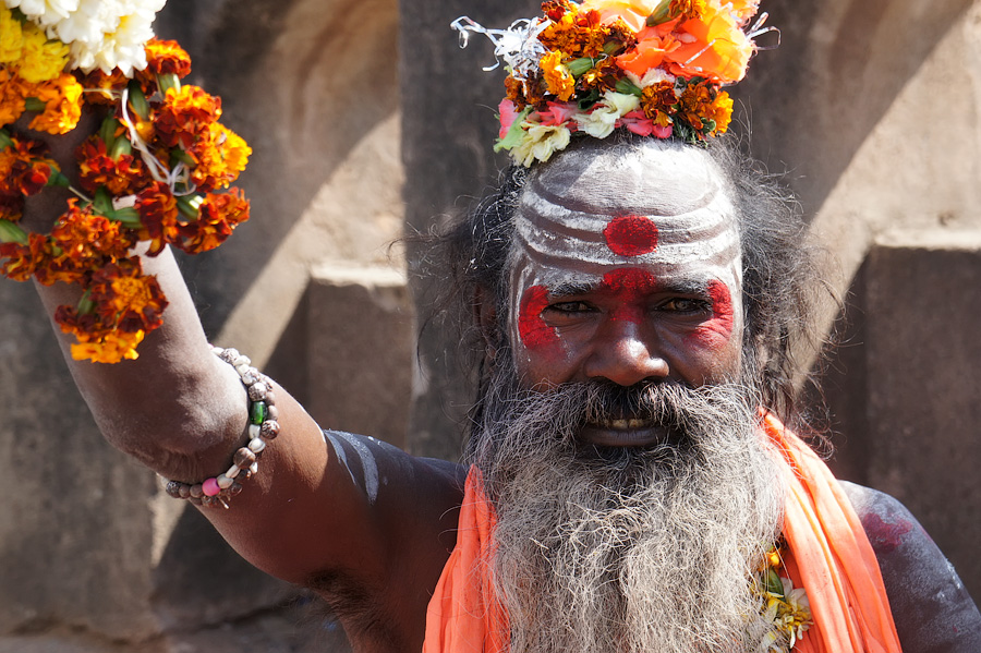 Садху в Орчхе. Индия 2013 © Kartzon Dream - авторские путешествия, авторские туры в Индию, тревел фото, тревел видео, фототуры