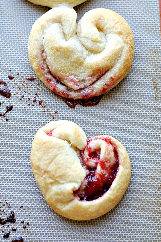 Crescent Rolls Hearts with Strawberry Jam