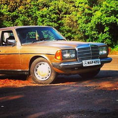 automobile, automotive exterior, vehicle, mercedes-benz w123, mercedes-benz, bumper, antique car, classic car, land vehicle, luxury vehicle,