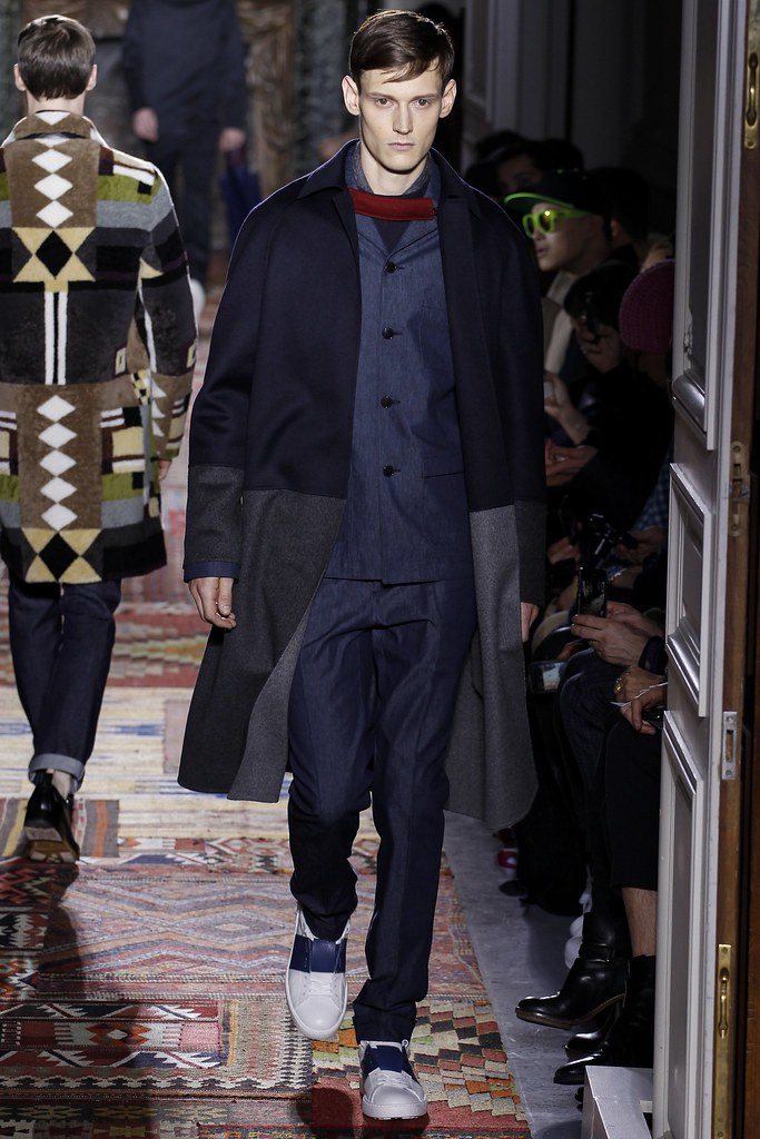 FW14 Paris Valentino006_Adam Butcher(VOGUE)