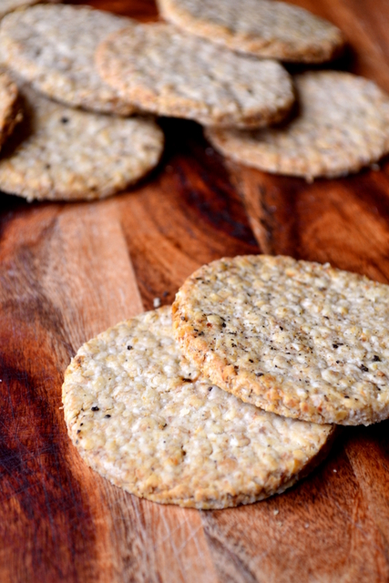 Scottish Oatcakes Recipe (1)