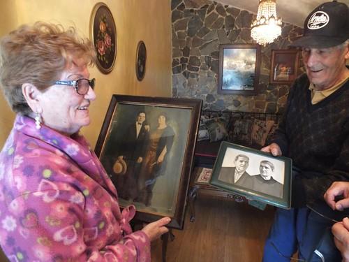 Viejo Camino, Pandorado, Anita y Eugenio con las fotos de Segundo y Úrsula