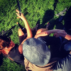 How-to saber champaign lessons by @@bronwynagrios to @@tmcw in the park. This weather! by ericgundersen