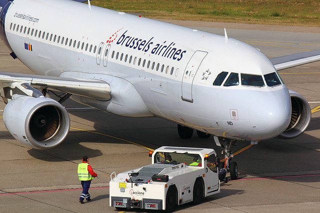 Brussels Airlines - A320 - OO-SND (1)