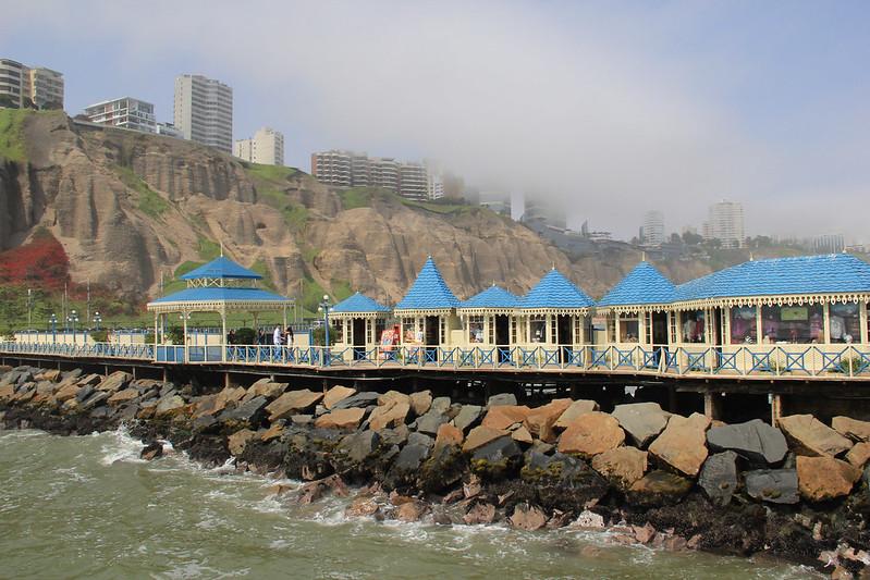 Pier, Lima