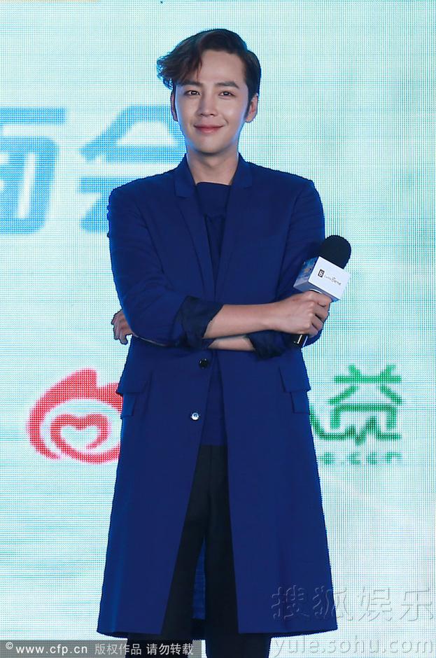 [Pics] Jang Keun Suk Calls For More Charity Work and Be Eco-Friendly At Caffe Bene FM_20140426 14058570204_d7f81bcef5_o
