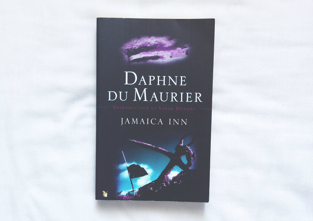 jamaica inn daphne du maurier book review blog lifestyle vivatramp