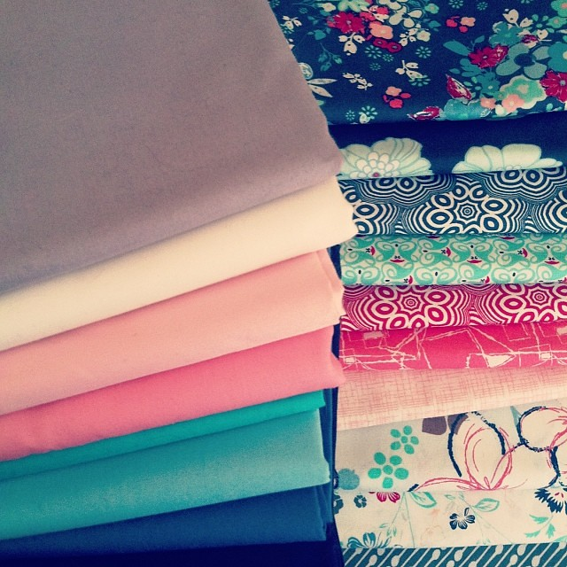 Pulling AGF Pure Element solids to match Pat Bravo's NouvElle fabrics! Pretty, pretty!!