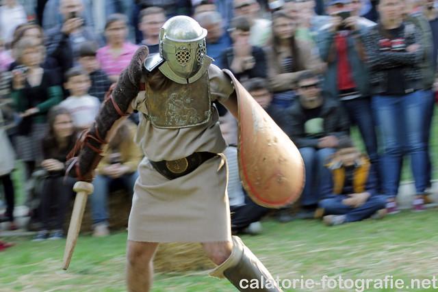 Foto-confruntarea gladiatorilor. Nikon D90 vs Canon 1100D 14172861664_8b7584194d_z