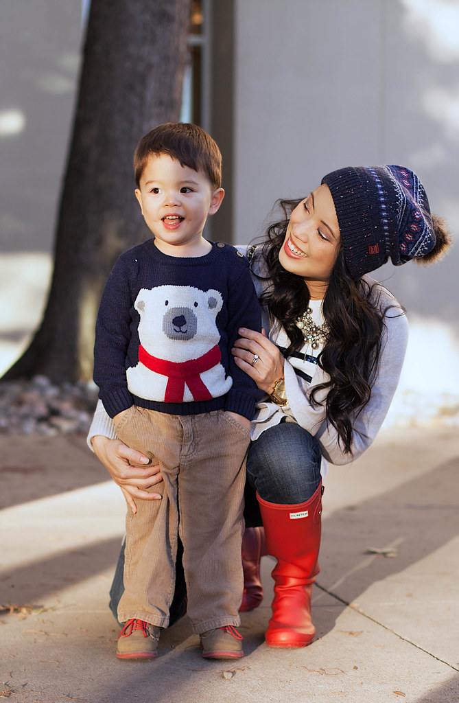 https://cuteandlittle.com | toddler boy fashion | joules babybear sweater, cordoruy pants | fall winter outfit | mommy son outfits