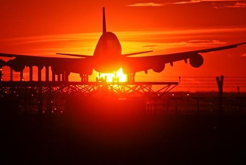 barcelona sunset sky españa airplane atardecer spain europa europe sony cel catalonia cielo catalunya alpha boing aeroport aeropuerto 747 barcellona cataluña avion barcelone b747 avio prat espanya a300 elprat elpratdellobregat capvespre pratdellobregat dslra300 joangarciaferre gemicr gemicr69