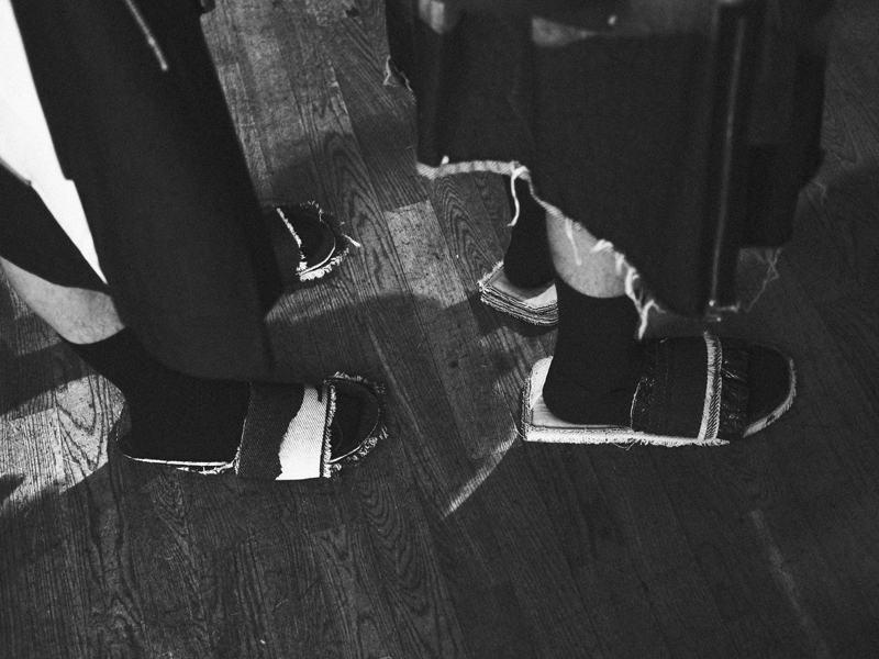 Mikkoputtonen_fashionblogger_london_H&M_design_award_2015_winner_ximon_lee_backstage_show10_web