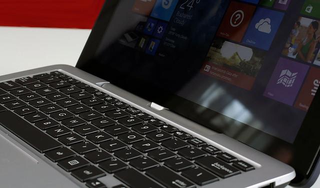 Đánh giá Transformer Book T200TA laptop lai siêu di động - 62399
