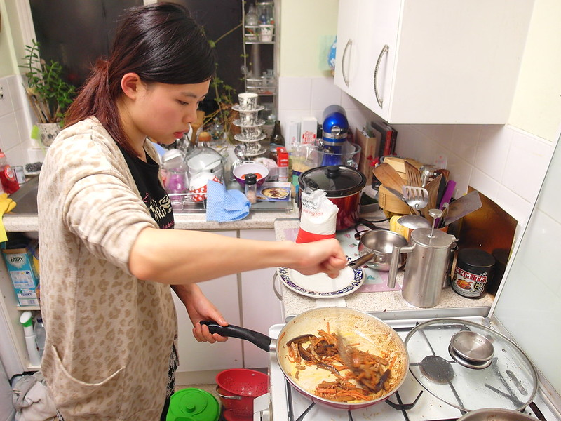 AIRBNB~美食交流,讓在地人品賞珍珠奶茶、中華料理。