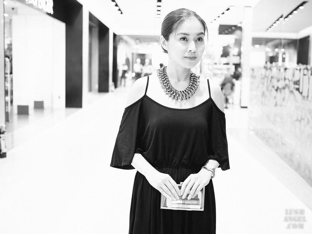 off-shoulder-black-dress