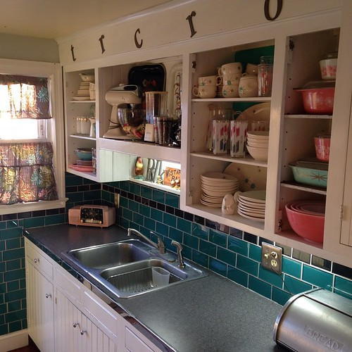 I love my bright little kitchen on a sunny Winter afternoon!