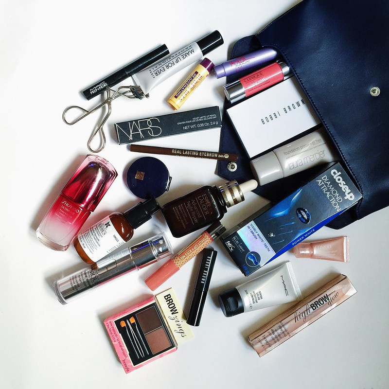 whats-inside-beauty-bag