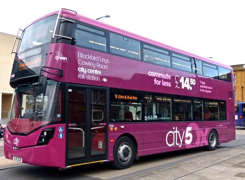SL15 ZGH 'Oxford Bus Company' 656 Wright StreetDeck on Dennis Basford's 'railsroadsrunways.blogspot.co.uk