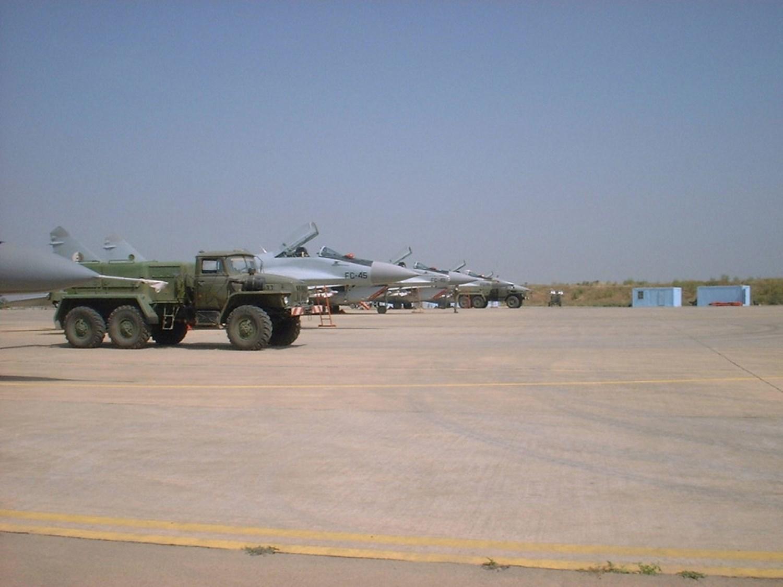 صور طائرات القوات الجوية الجزائرية  [ MIG-29S/UB / Fulcrum ] 27342084432_6e777e8342_o