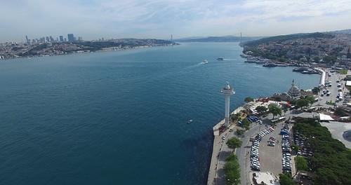 Vas, radar, hajók és Boszporusz-híd
