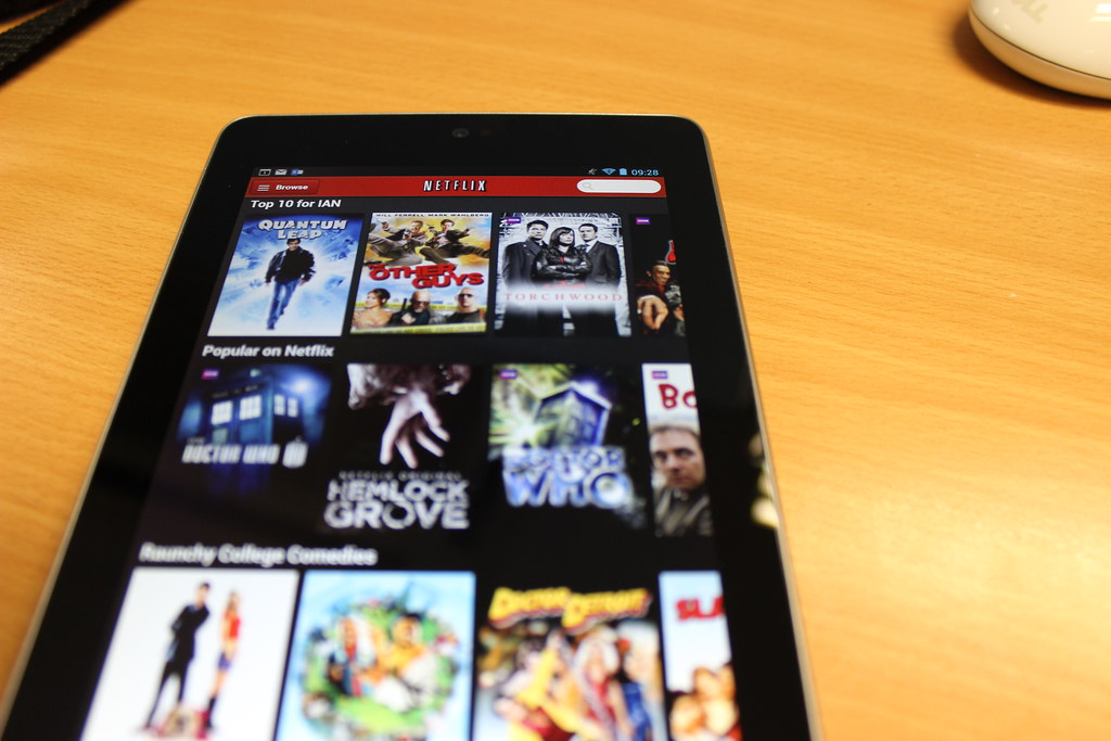 how to get netflix to work on non smart tv