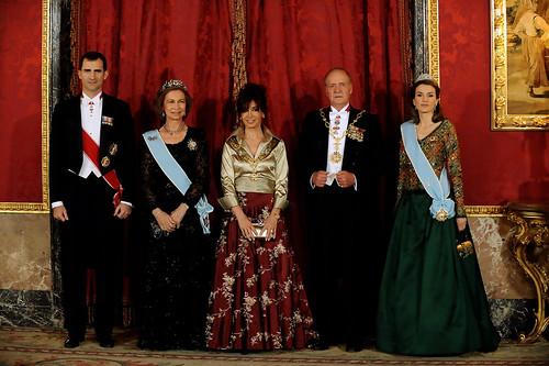 S.S.M.M. Los Reyes Sofía y Juan Carlos I de España, S.S.A.A.R.R. Los Principes Felipe y Letizia, principes de Asturias y la presidenta argentina Cristina Fernández de Kirchner